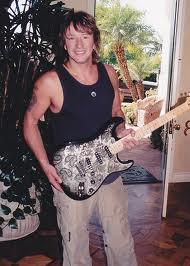 Fender Stratocaster Richie Sambora Signature, Gitar Gitaris BonJovi