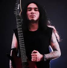 Gitar Dan Efek Gitar Yang Dipakai Andre Tiranda (Gitaris Siksa Kubur)
