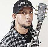 Gitar Dan Efek Gitar Yang Dipakai Ebenz (Gitaris BurgerKill)