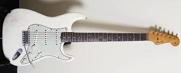1963 Fender Stratocaster (white)