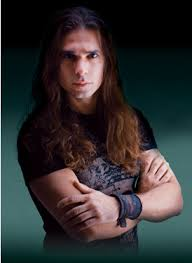 Koleksi Gitar, Aksesoris Dan Efek Gitar Kiko Loureiro (Gitaris Angra)