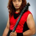 Koleksi Gitar Dan Efek Gitar Yang Dipakai Andy Owen