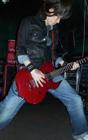 Spesifikasi Gitar Edward E-D-95DR DIE Signature Model