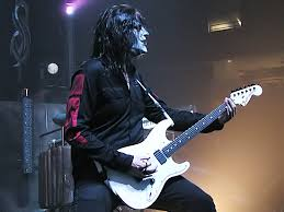 Spesifikasi Gitar Fender Jim Root Stratocaster