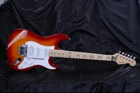 Fender Stratocaster Richie Sambora Signature Chery